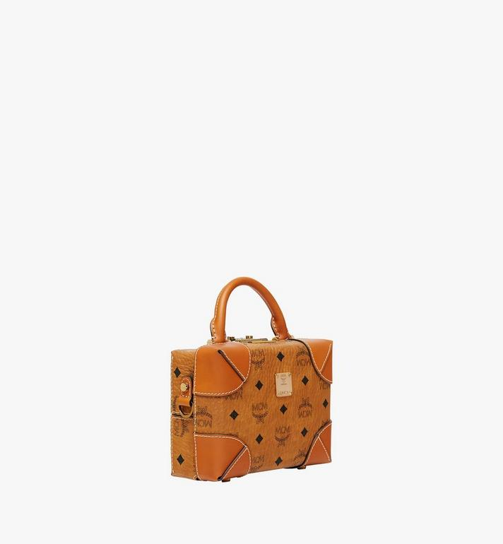 MCM Soft Berlin Visetos 斜背包 Cognac MWR8ABF12CO001 Alternate View 2