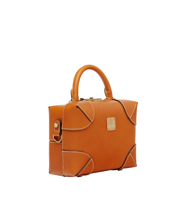 MCM Vachetta皮革柔軟BerlinNS斜揹包 Cognac MWR8ABF22CO001 Alternate View 2