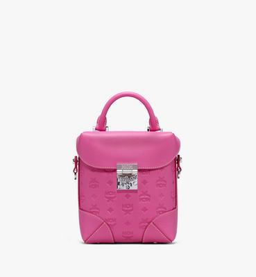 กระเป๋าสะพายครอสบอดี้ Soft Berlin วัสดุหนังพิมพ์ลายโลโก้
