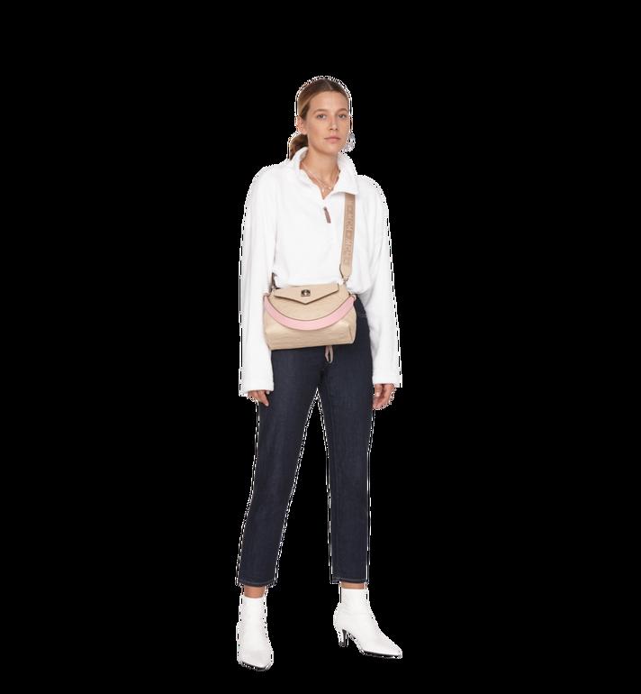 MCM Essential Crossbody-Tasche aus Leder mit Monogramm Alternate View 6