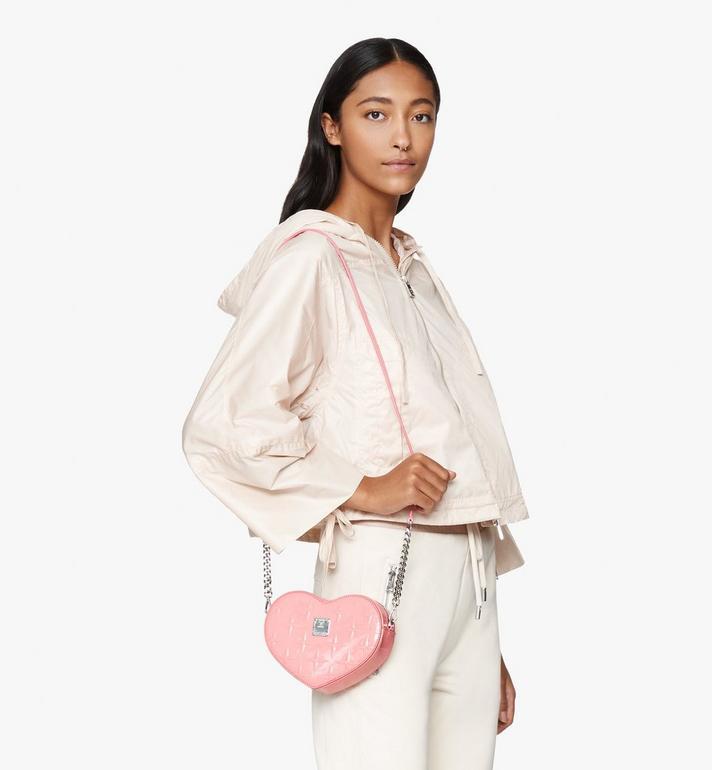 MCM Herzförmige Patricia Crossbody-Tasche aus Lackleder mit Rautenmuster Pink MWRASPA10QG001 Alternate View 5