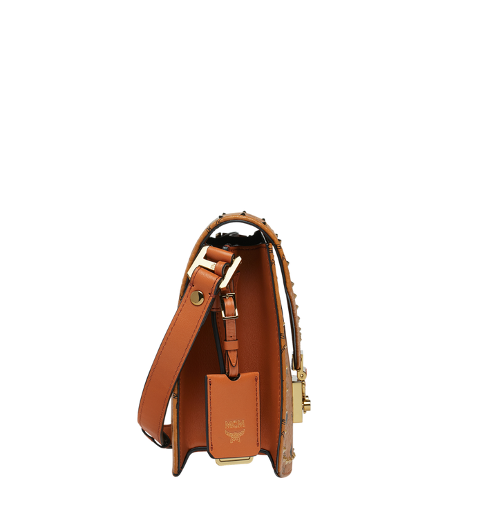 MCM Patricia Visetos 帶鉚釘輪廓肩背包 Cognac MWS8APA24CO001 Alternate View 3