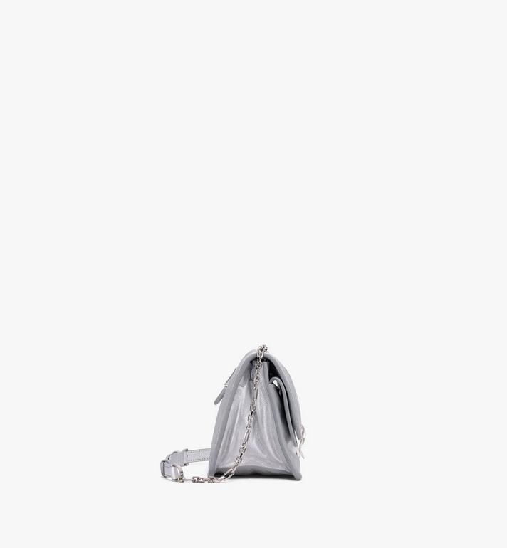 MCM Sac porté épaule Candy en cuir de chèvre métallisé Silver MWSASCY06SE001 Alternate View 2