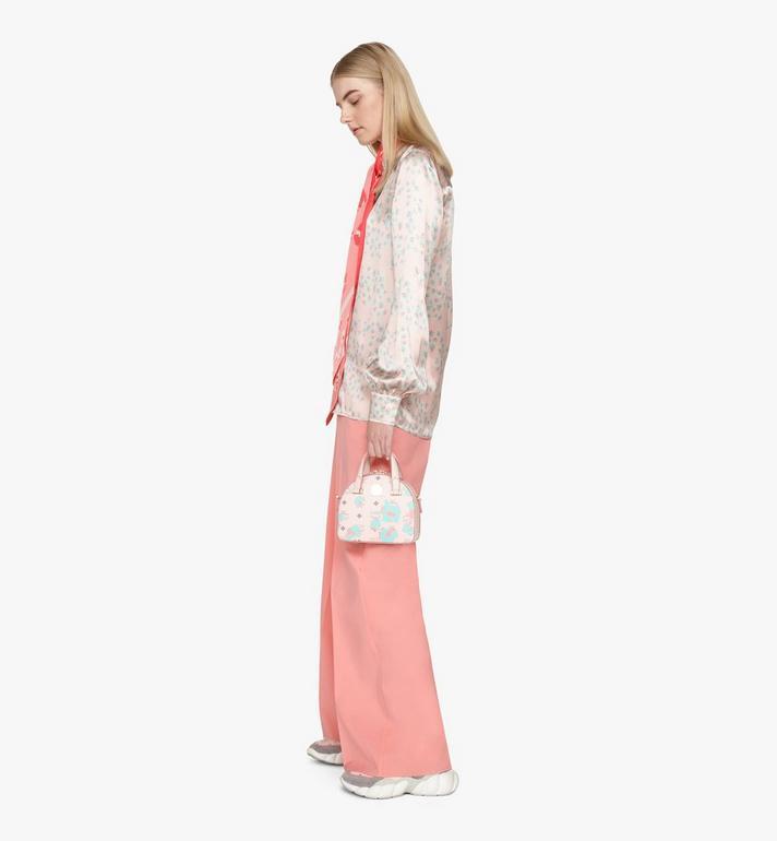 MCM Mini sac fourre-tout Essential Half moon à imprimé Floral Leopard Pink MWTASSE05QI001 Alternate View 7