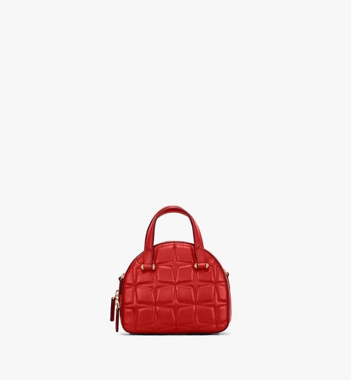 MCM Essential Tragetasche aus Leder mit Rautenmuster in Form eines Halbmonds Red MWTASSE14R4001 Alternate View 3