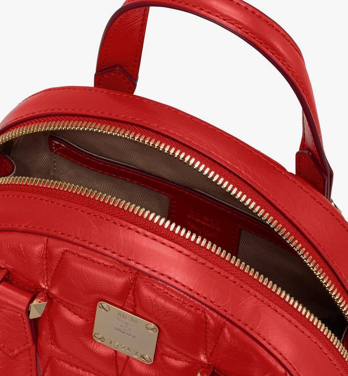 MCM Essential Tragetasche aus Leder mit Rautenmuster in Form eines Halbmonds Red MWTASSE14R4001 Alternate View 4
