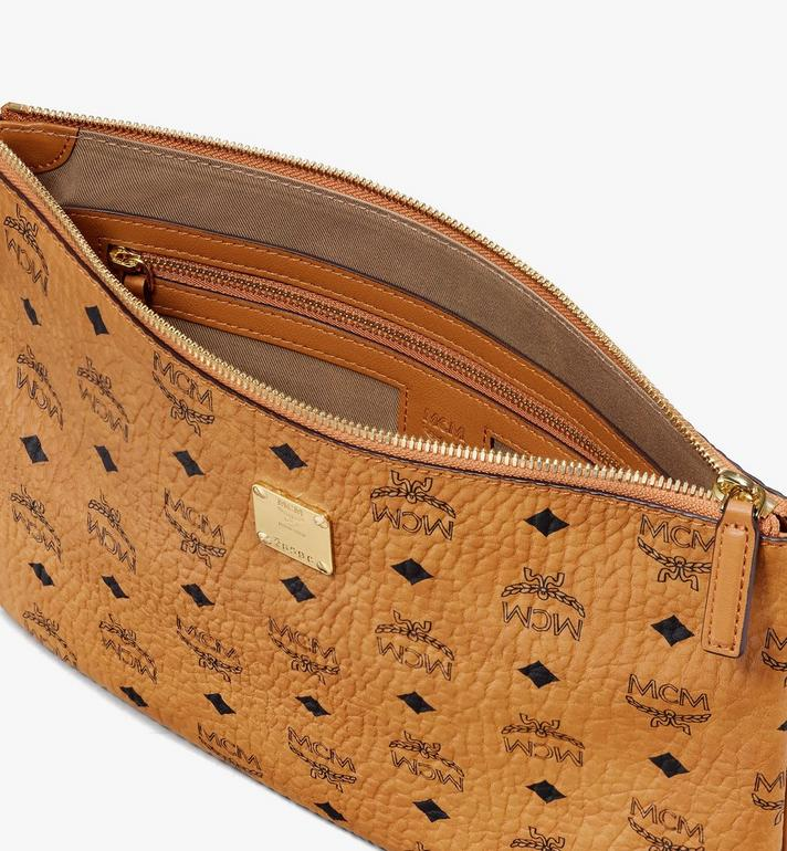 MCM VISETOS 腕带拉链手拿袋 Cognac MXZASVI10CO001 Alternate View 3