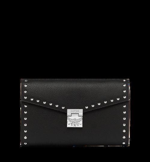 กระเป๋าสตางค์ Patricia Continental วัสดุหนังแต่งหมุด