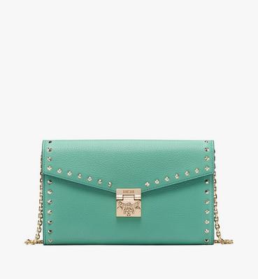 กระเป๋าสะพายครอสบอดี้ Patricia วัสดุหนัง Park Avenue ประดับหมุด