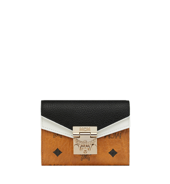 MCM Patricia dreifach gefaltete Brieftasche aus Visetos Leather Block Alternate View