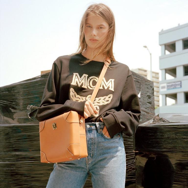 Medium Soft Berlin Crossbody in Nappa Leather