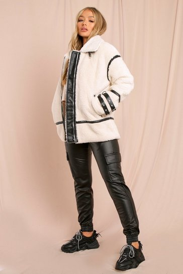 Cream Contrast Pu Piping Teddy Fur Aviator
