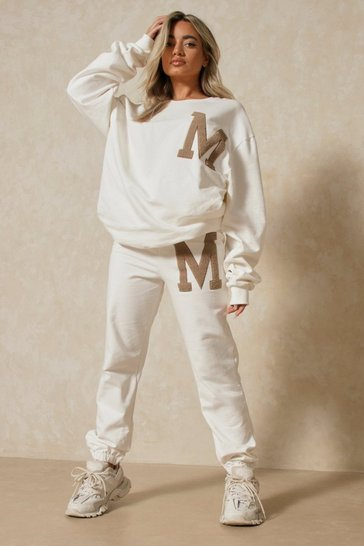 White 'M' Sweatshirt And Jogger Set