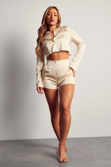 Cream Luxe Satin Shirt And Shorts Pyjama Set