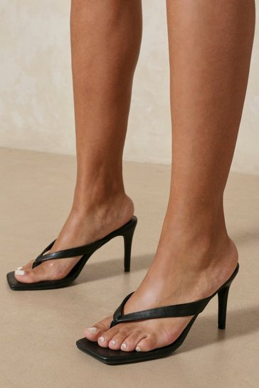 Black Leather Look Toe Thong Heeled Mules