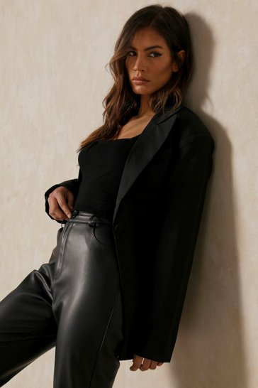 Black Fitted Waist Plunge Blazer