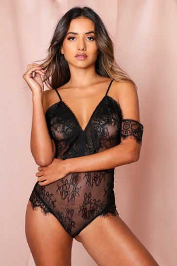 Black eyelash lace cut out shoulder bodysuit