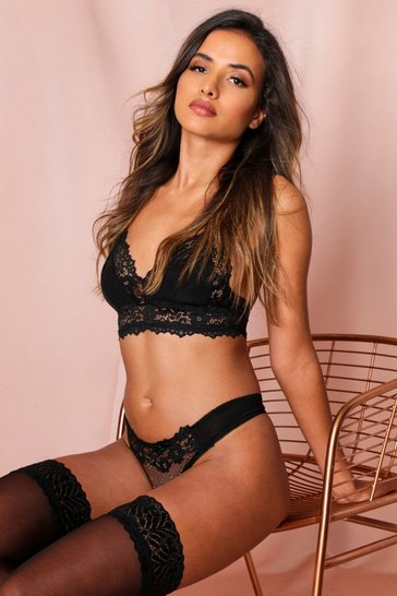 Black triangle bra lace lingerie set