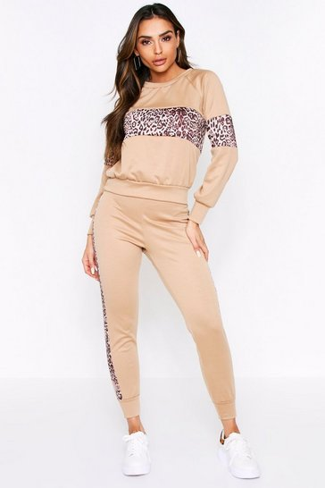 Camel Leopard Panel Lounge Set