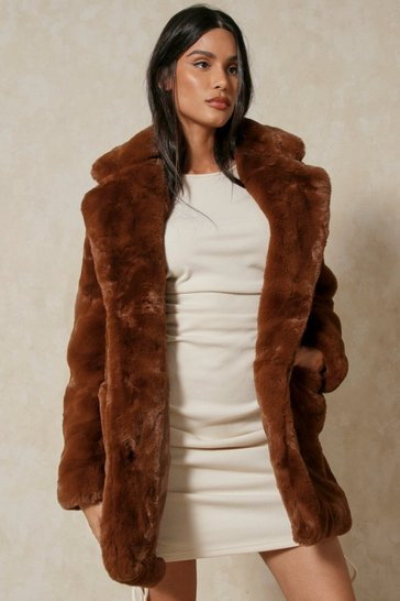 Womens Chocolate Oversized Faux Fur
