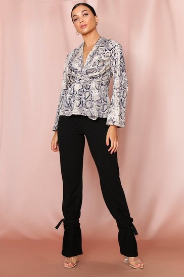 Womens Stone Twist Front Long Sleeve Blouse