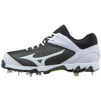 9-Spike Swift 5 Womens Metal Softball Cleat