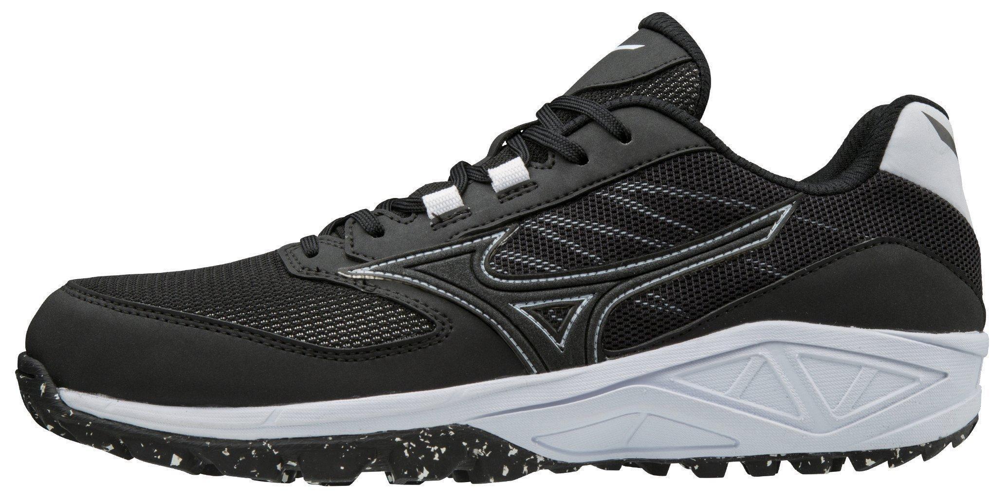 mizuno coaching shoes