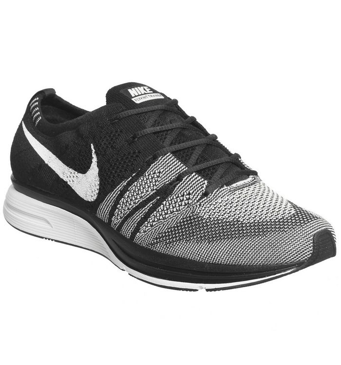 f1f5b497bf2d6 Nike Flyknit Trainers Black White White Qs - His trainers