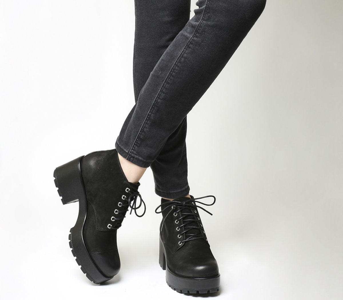 17710a758db Vagabond Dioon Lace Up Boots Black Nubuck - Ankle Boots