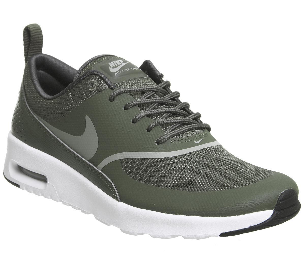 Nike Air Max Thea Trainers Cargo Khaki White - Sneaker damen