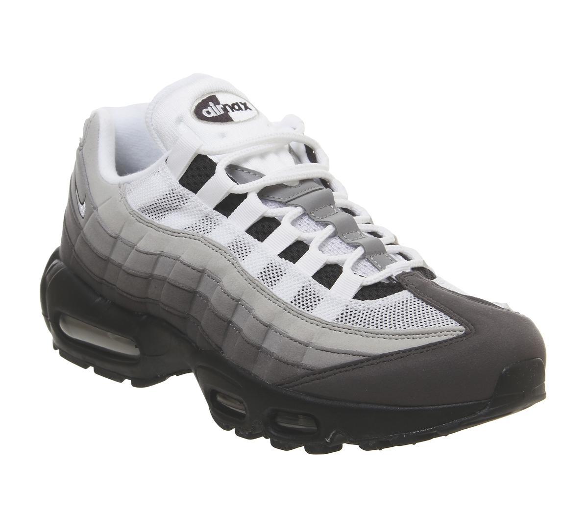 Nike Air Max 95 Trainers Black White