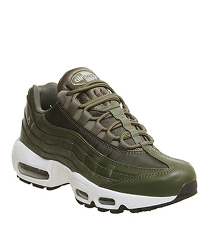 322d74c89f 22-10-2018 · Nike Air Max 95 Trainers Olive Canvas Mica Green