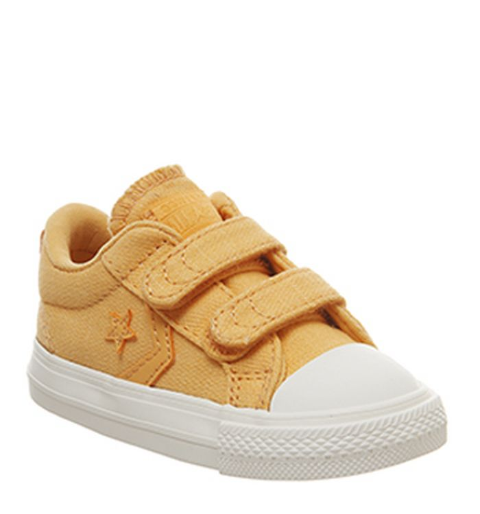 f6a8b2a9ca1190 26-04-2019 · Converse Star Player Infant Trainers