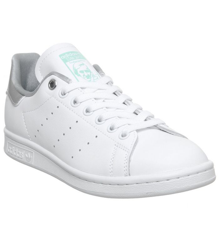 huge discount 6e086 a2ebb Stan Smith Trainers
