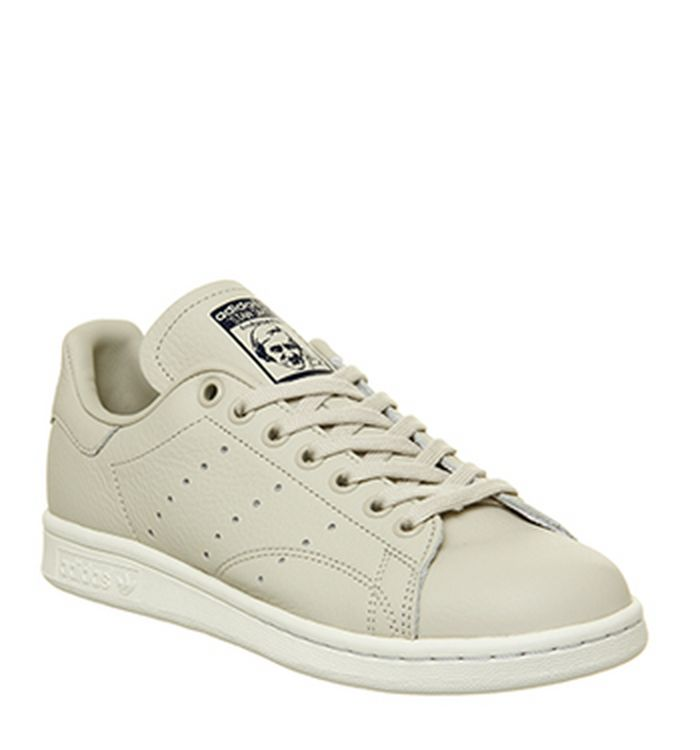super popular 742d8 da326 adidas. Stan Smith Trainers White Red Heart. £74.99. Quickbuy. 05-12-2018