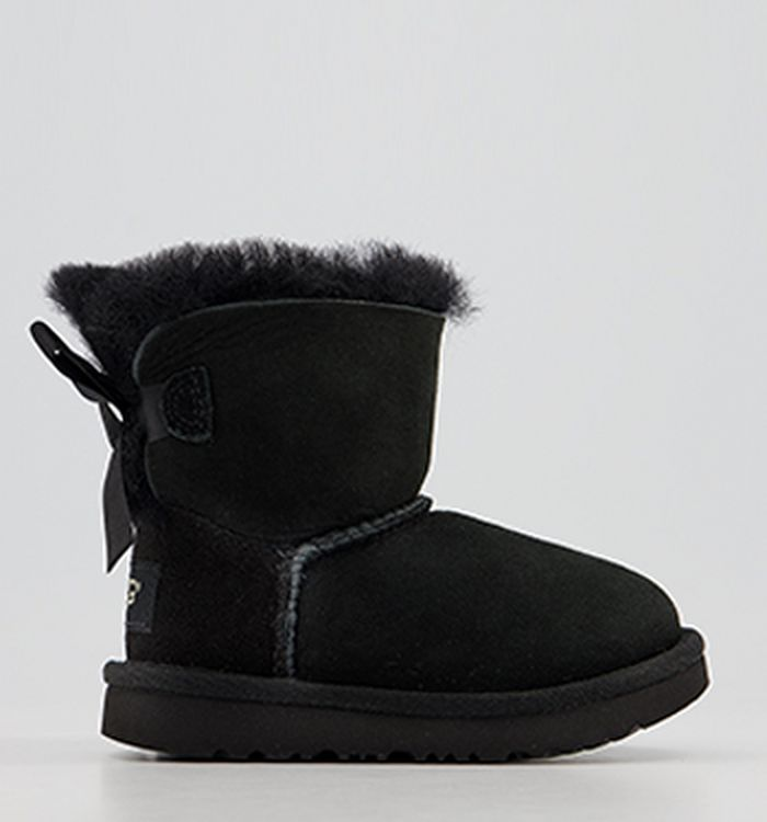 994ff15c882 UGG Boots & Slippers for Women, Men & Kids | OFFICE