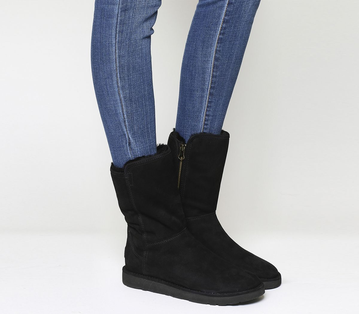 f040590a15929 UGG Classic Lux Abree Short Black Suede - Ankle Boots