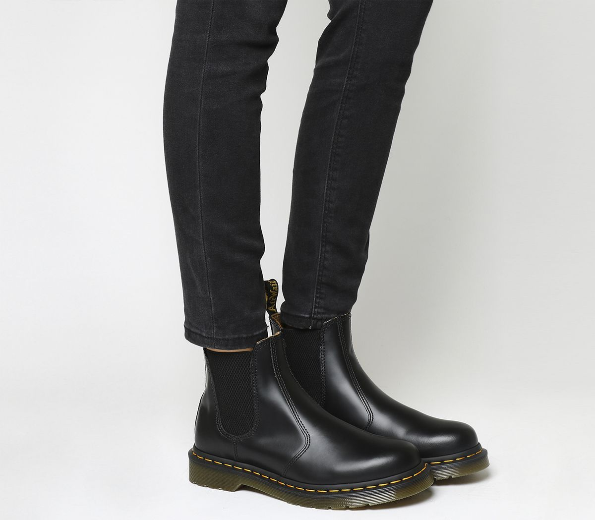 e5421216e700 Dr. Martens 2976 Chelsea Boot Black Smooth Leather - Ankle Boots
