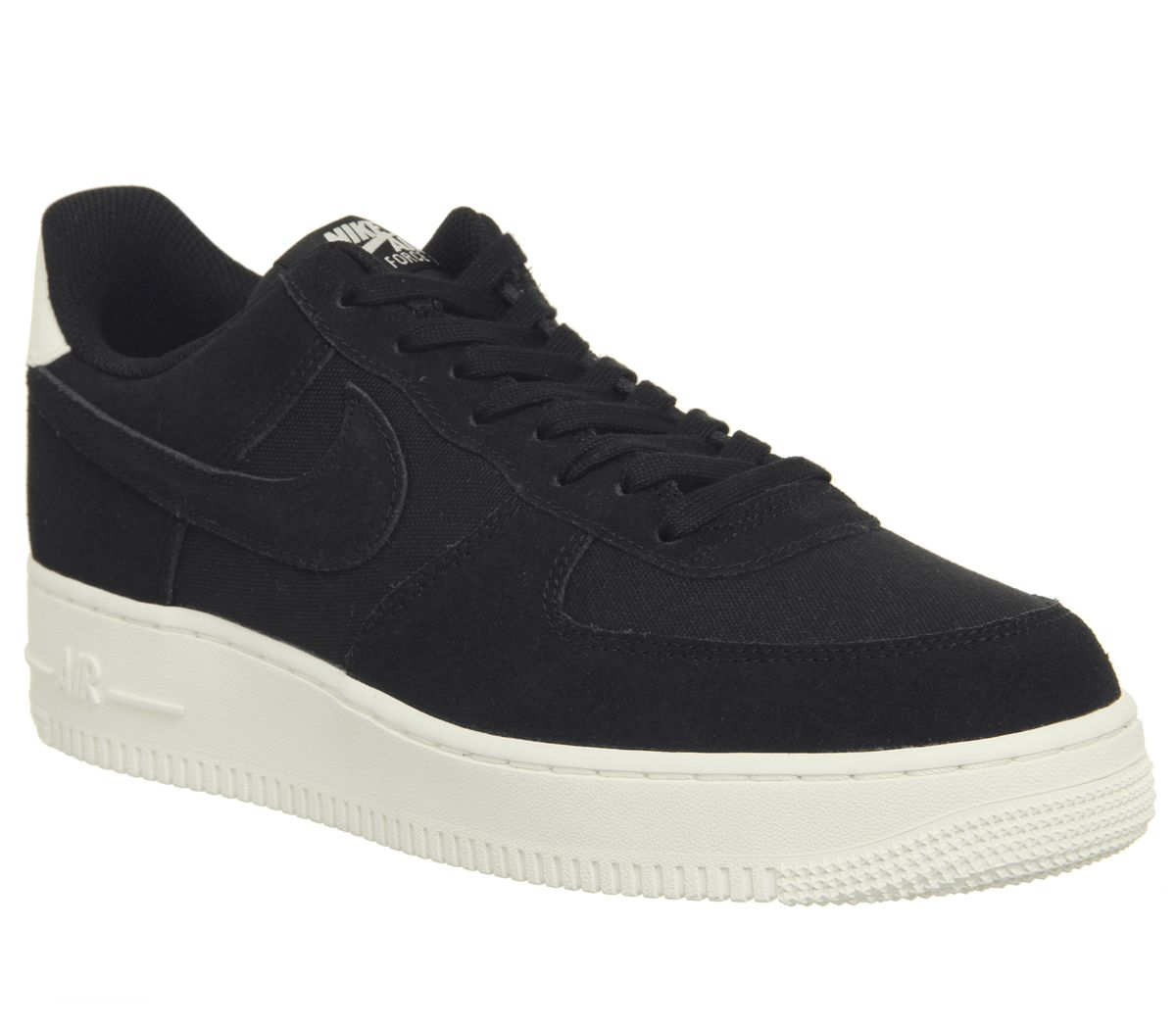low priced 4e1fe 1f0a0 Nike Air Force 1 07 Trainers Black Sail - His trainers