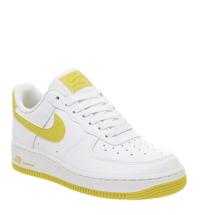 5f07bef74f 15-04-2019 · Nike Air Force 1 07 Trainers