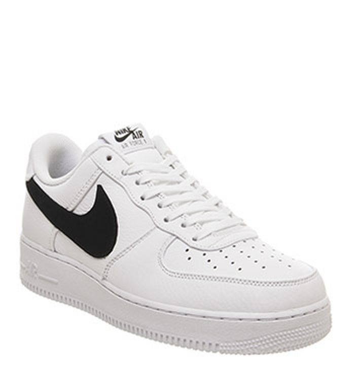 newest fa714 3af50 16-05-2019. Nike Air Force 1 07 Trainers