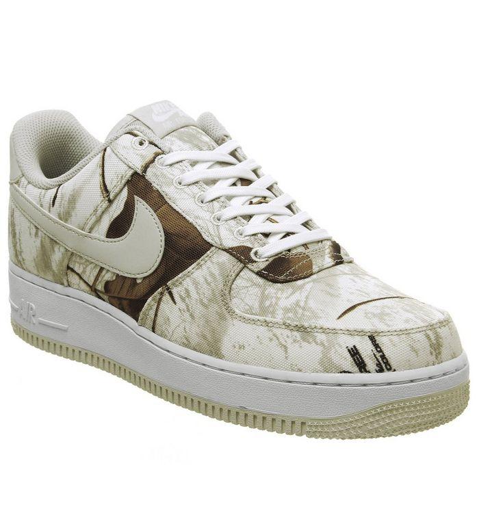on sale 58758 488f5 ... Nike, Air Force 1  07 Trainers, White Light Bone ...