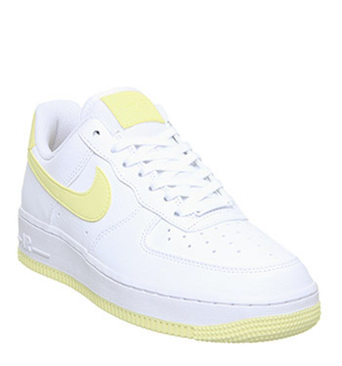 new style 9902f fbbe0 26-06-2019 · Nike Air Force 1 07 Trainers