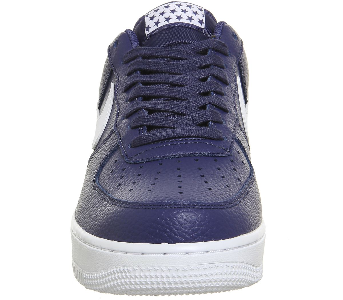 sports shoes 9d43b c344a Air Force 1 07 Trainers