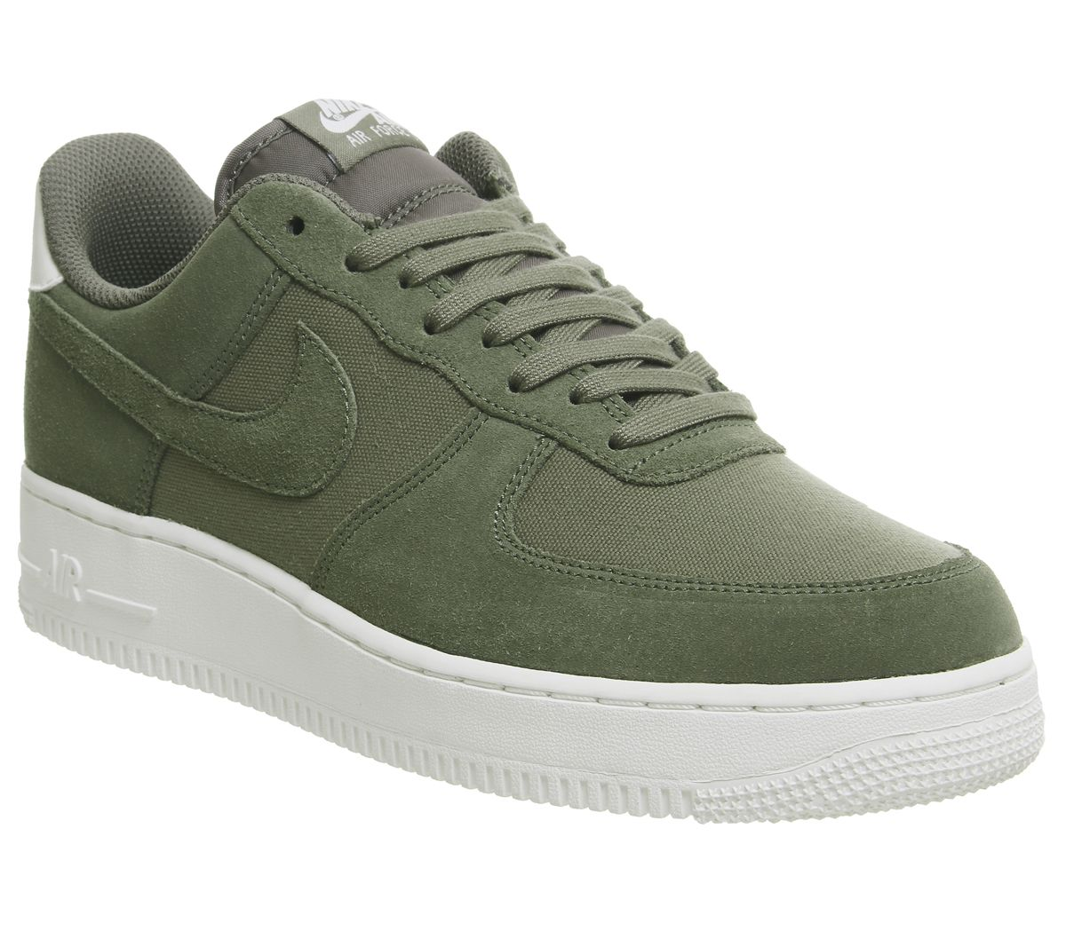 new concept 949ec f80c3 Nike Air Force 1 07 Trainers Medium Olive Sail - His trainers