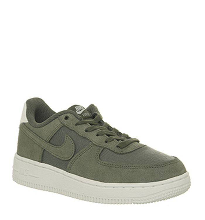 premium selection 78b45 d528f 01-10-2018 · Nike Air Force 1 Ps Trainers
