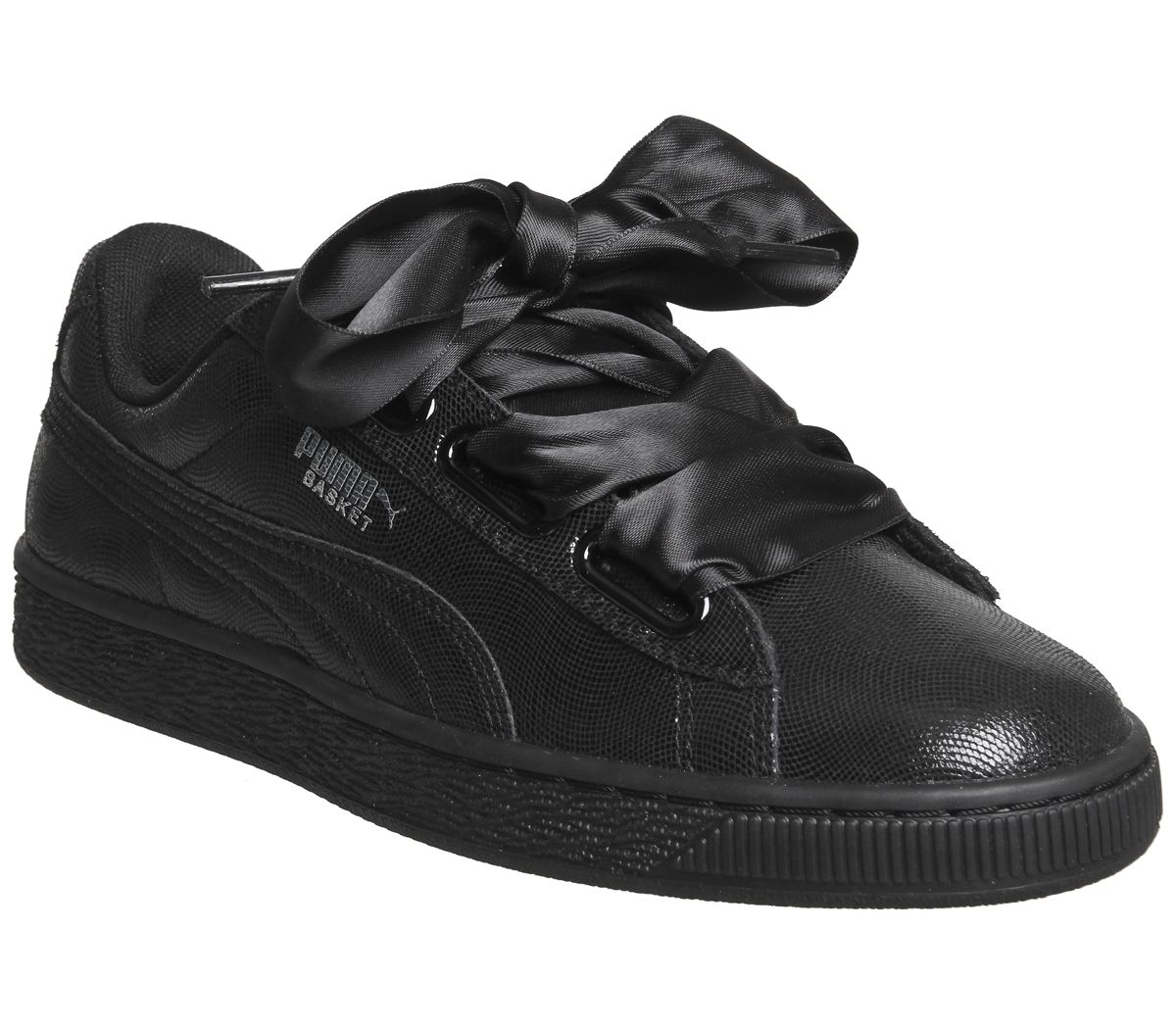 lowest price 3064c 7354d Basket Heart Trainers