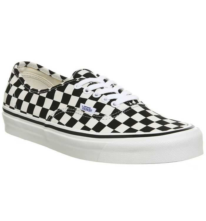 5bfd923f40907d Vans Authentic 44 Dx Black White Check Anaheim - His trainers