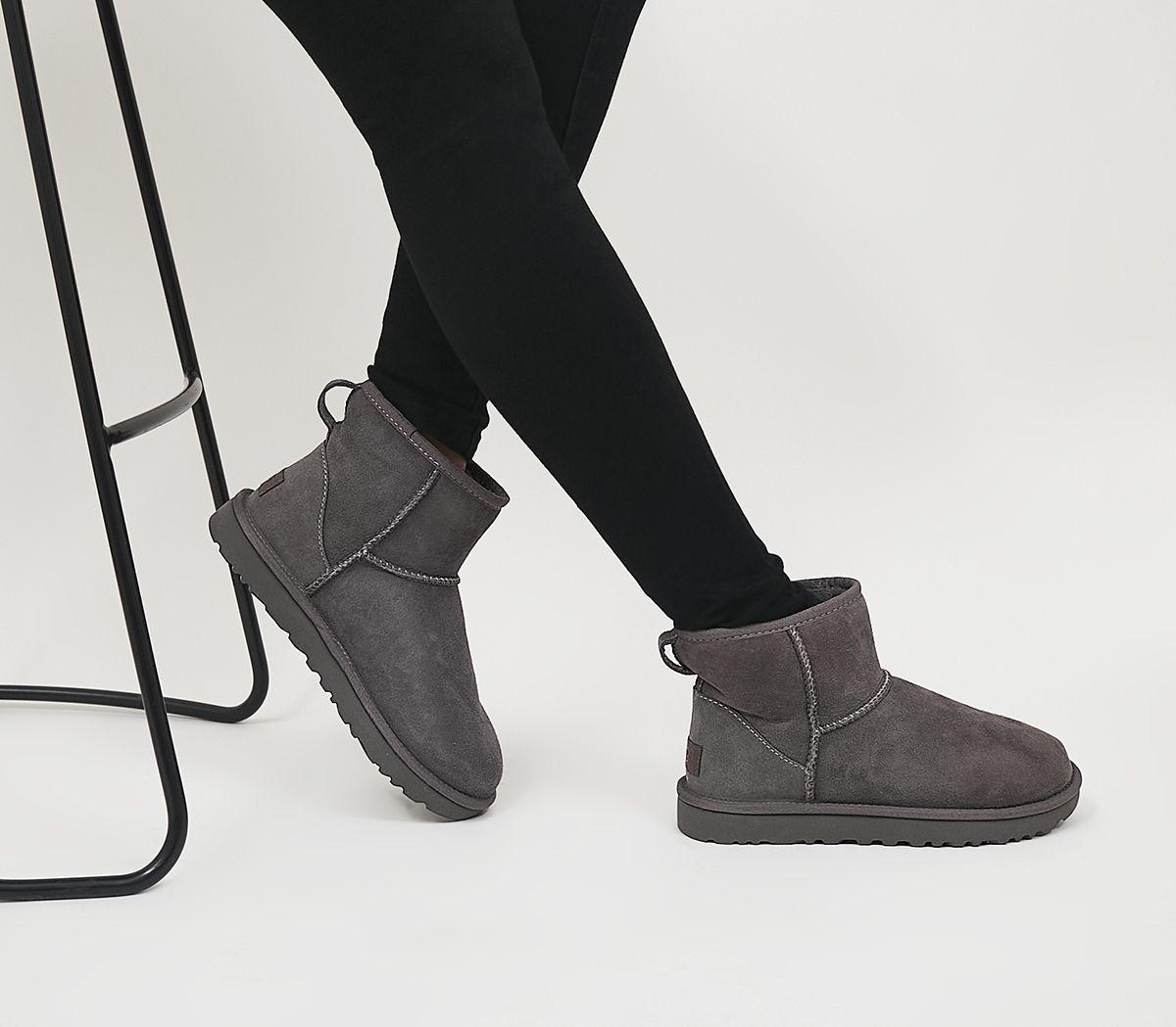 719bce3ca9d Classic Mini II Boots