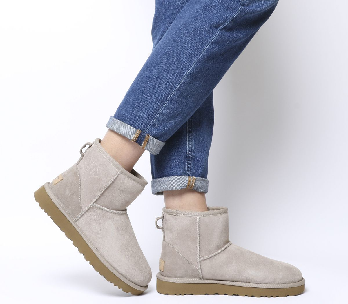43750e135bc UGG Classic Mini II Boots Oyster - Ankle Boots